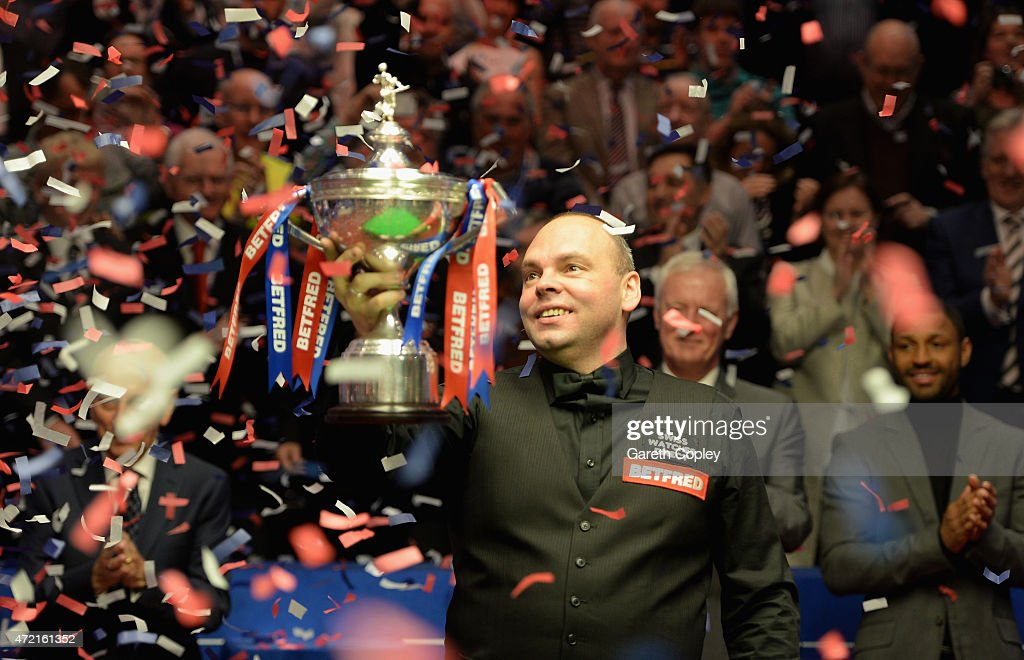 2015 Betfred World Snooker Championship - Day 17