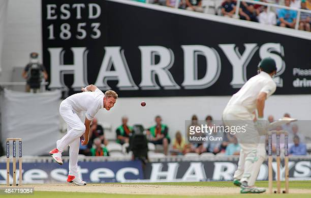 Stuart Broad of England bowls the ball to Adam Voges of Australia during day two of the 5th Investec Ashes Test match between England and Australia...