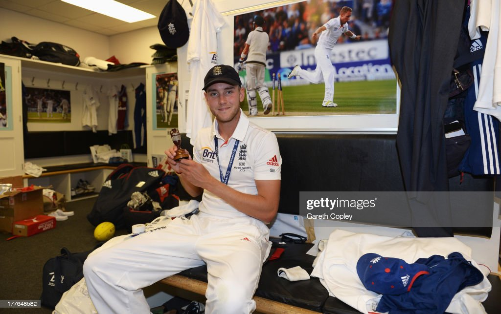 Stuart Broad of England poses with the urn in the dressing room after winning the Ashes during day five of the 5th Investec Ashes Test match between England and Australia at the Kia Oval on August 25, 2013 in London, England.