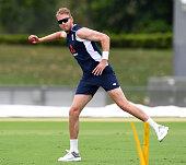 townsville australia stuart broad england throws