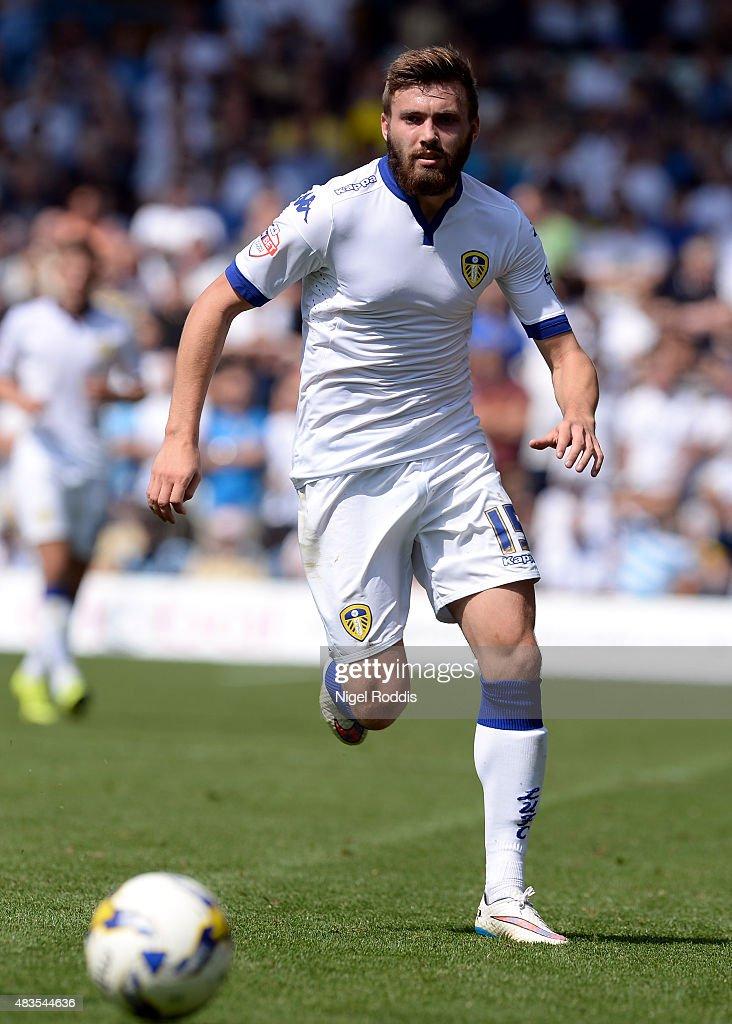 Leeds United v Burnley - Sky Bet Championship : News Photo