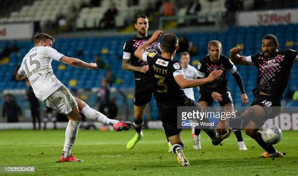 Stuart Dallas of Leeds United scores his teams first goal during the Sky Bet Championship match between Leeds United and Luton Town at Elland Road on...