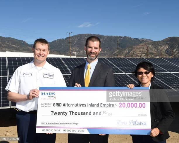 Stuart Harness Plant Manager for Mars Petcare's San Bernardino site and Kevin Rabinovitch Global VP of Sustainability for Mars Inc present Bambi Tran...