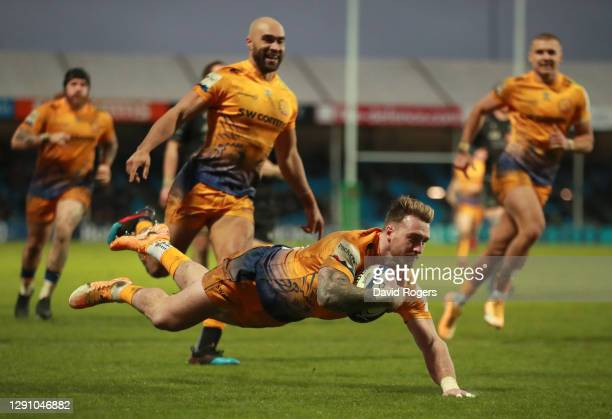 Stuart Hogg of Exeter Chiefs scores their third try during the Heineken Champions Cup Pool 2 match between Exeter Chiefs and Glasgow Warriors at...