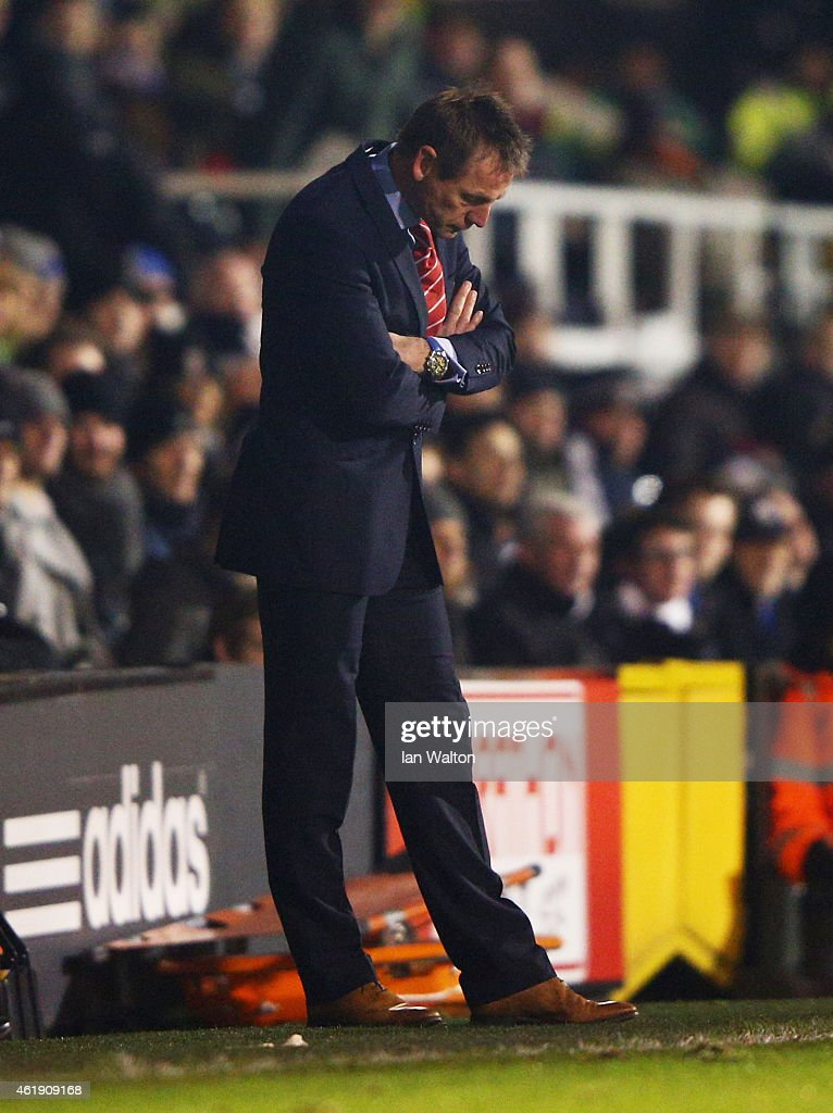 Stuart Pearce manager of Nottingham Forest looks despondent during the Sky Bet Championship match between Fulham and Nottingham Forest at Craven Cottage on January 21, 2015 in London, England.