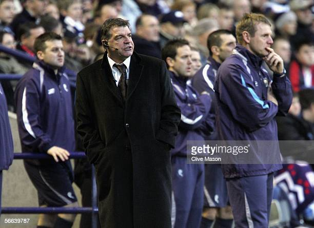 Stuart Pearce of Manchester City and Sam Allardyce of Bolton Wanders on the touchline during the Barclays Premiership match between Bolton Wanderers...