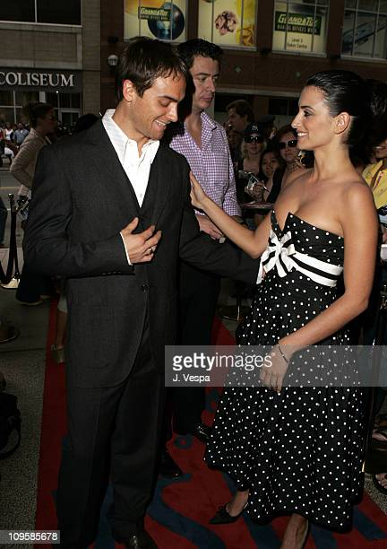 Stuart Townsend and Penelope Cruz during 2004 Toronto International FIlm Festival 'Head in the Clouds' Premiere at Elgin Theatre in Toronto Ontario...