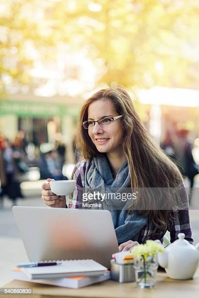 Schüler Mädchen studieren