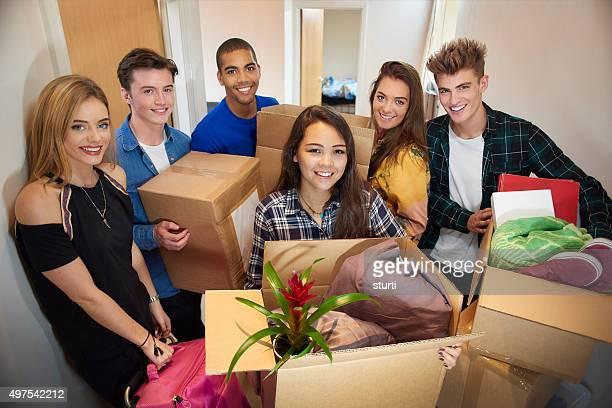 student housemates