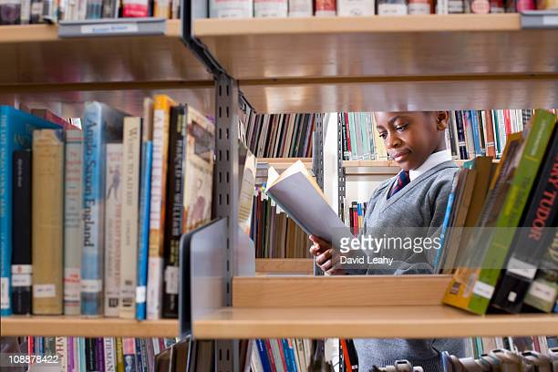 student in library - library stock photos and pictures