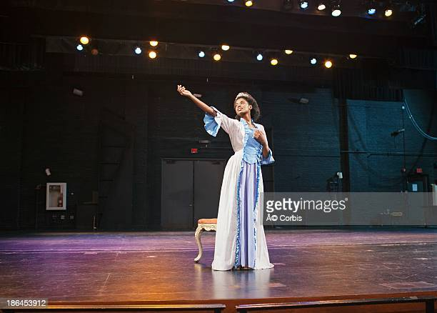 student  performing on stage - actress stock pictures, royalty-free photos & images