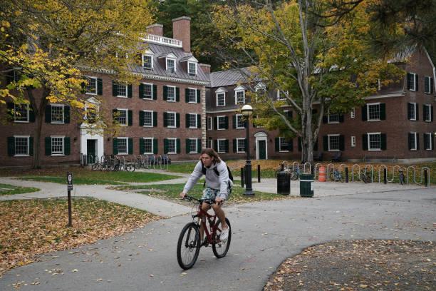 NH: Dartmouth Posts 47% Endowment Return