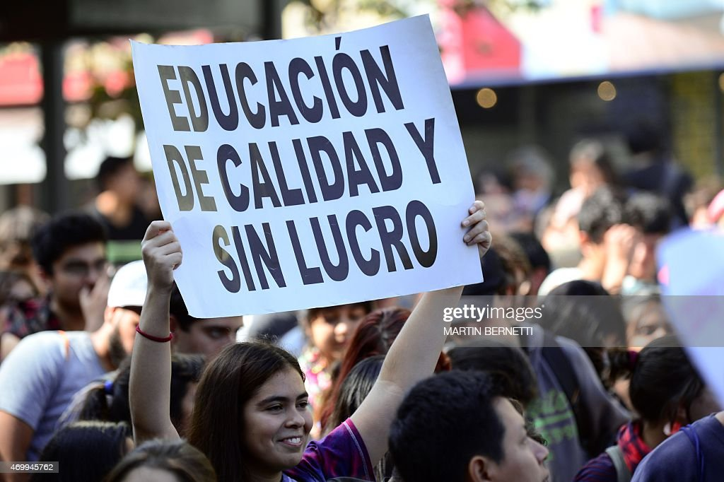 CHILE-PROTEST-EDUCATION : News Photo