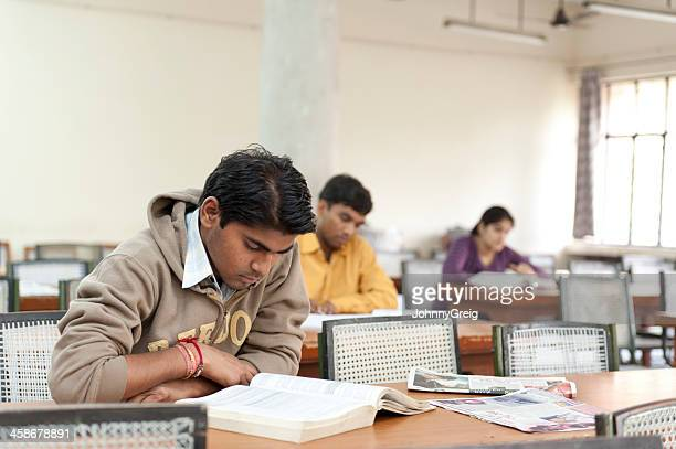 student studying at an indian university - editorial stock pictures, royalty-free photos & images