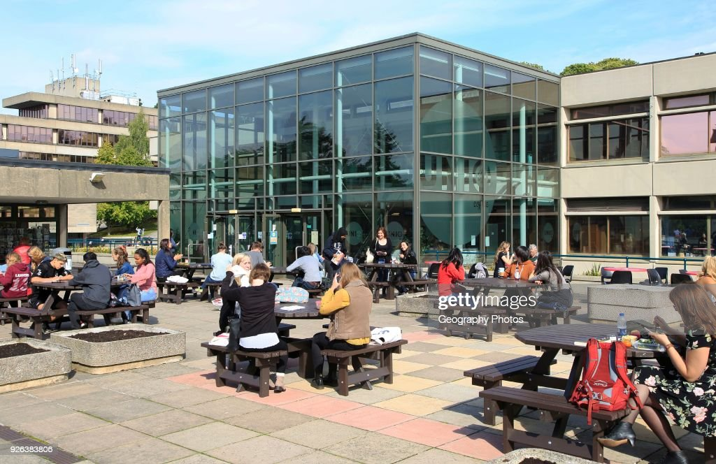 Student Union building campus of University of East Anglia, Norwich, Norfolk, England, UK : ニュース写真