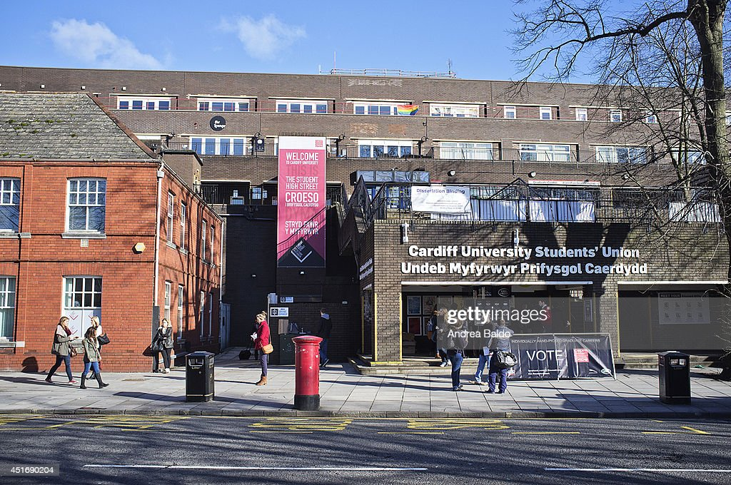 Student Union in Cathays district in Cardiff... : ニュース写真