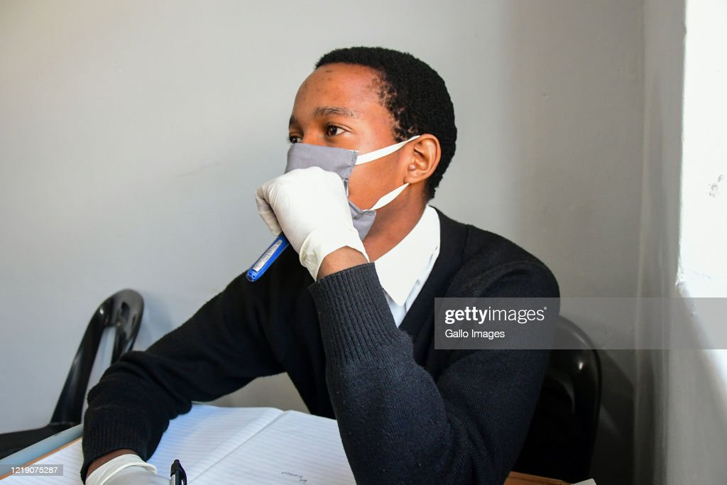 Student With Mask And Gloves During The Kzn Premier S Visit To News Photo Getty Images