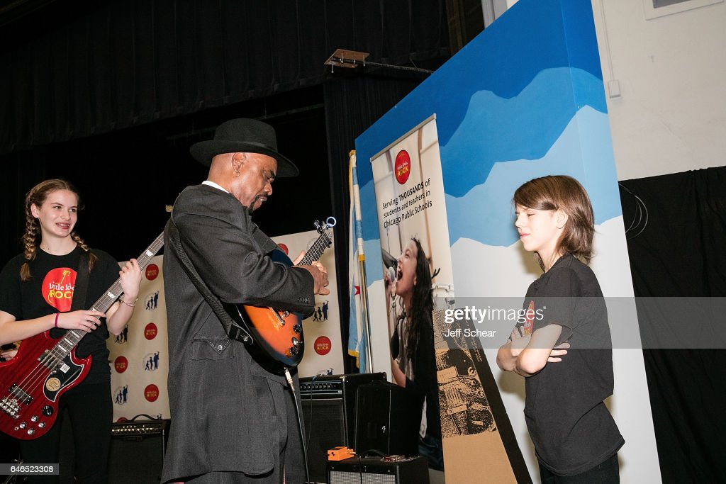 Students and (C) Nick Colionne peform at Chicago Public School Announces Music Program Expansion With Little Kids Rock at Franklin Fine Arts Center Auditorium on February 28, 2017 in Chicago, Illinois.