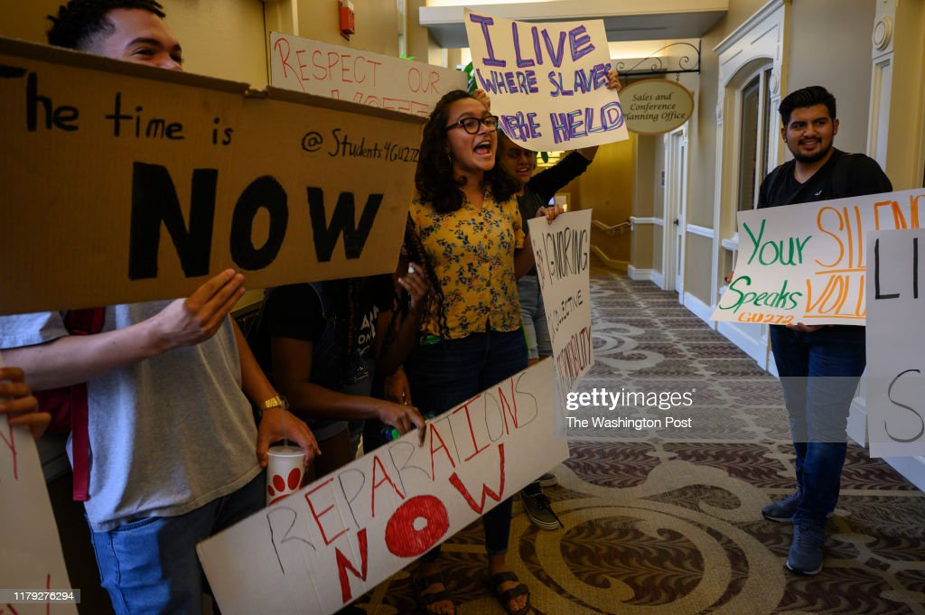 Students at Georgetown protest in favor of reparations stemming from the school's history with slavery : News Photo