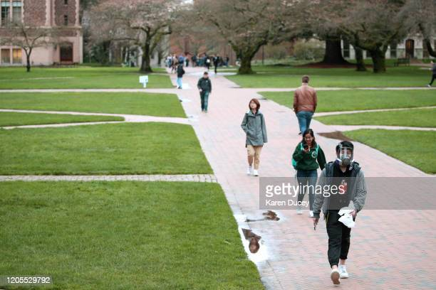 80 462 University Of Washington Photos And Premium High Res Pictures Getty Images