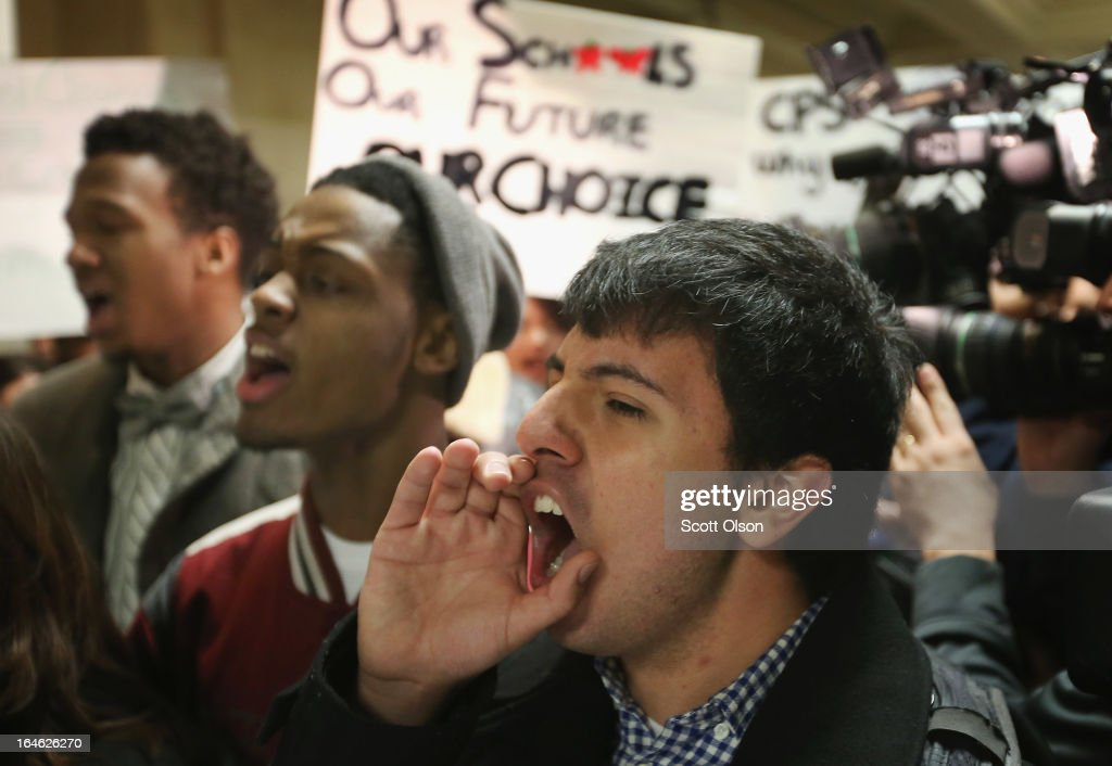 Students Protest School Closings At Chicago Public Schools Headquarters : News Photo