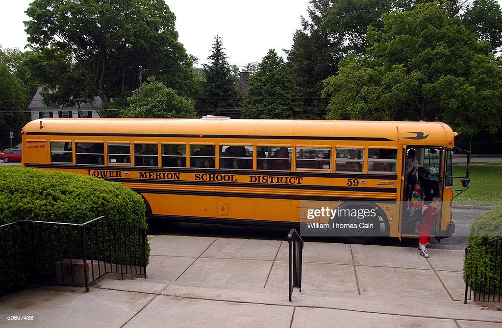 pennsylvania school district employs bus tracking technologyの写真