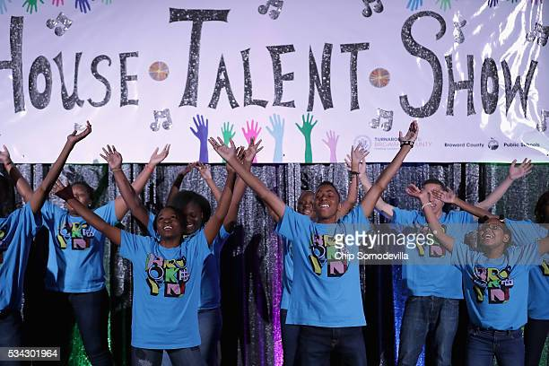 Students from New York peform during the White House Turnaround Arts Talent Show in the East Room at the White House May 25 2016 in Washington DC...