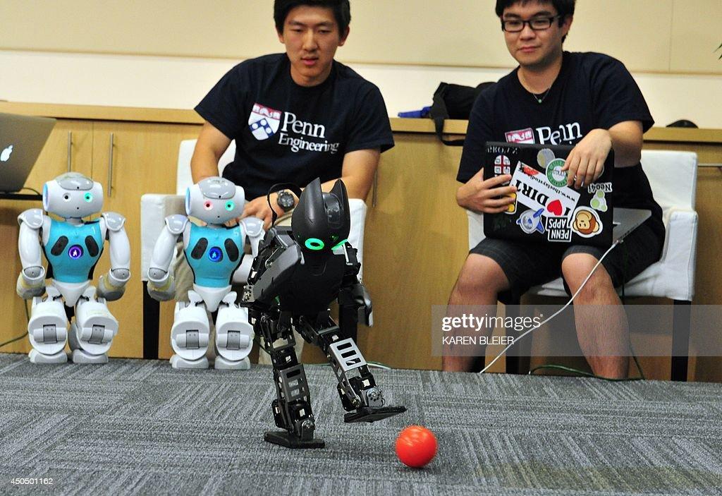 US-IT-ROBOTS-SOCCER : News Photo