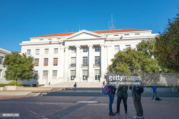 Students gather in a group outside Sproul Hall the administrative building at UC Berkeley in Berkeley California which is known for being the...