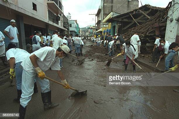 Students get together to clear the streets