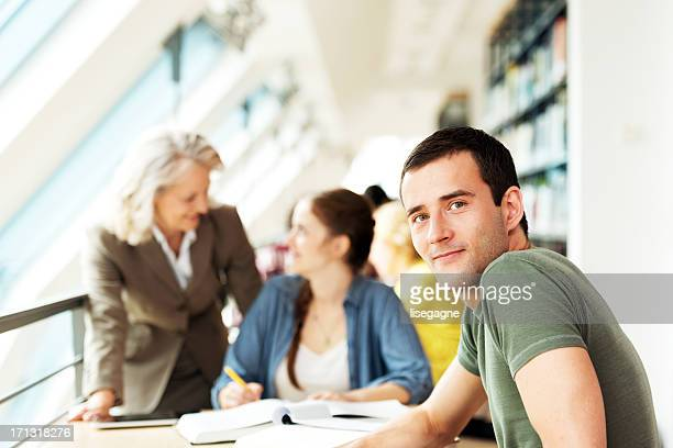Studenten bei einem Vortrag Zimmer