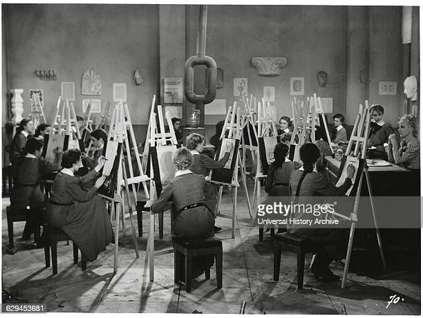 """Students in Art Class onset of the Film """"Claudine a L'ecole"""" directed by Serge de Poligny 1939"""