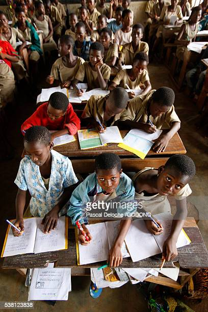 Students in crowded classroom in Togo