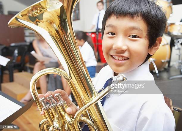 学生クラスに音楽