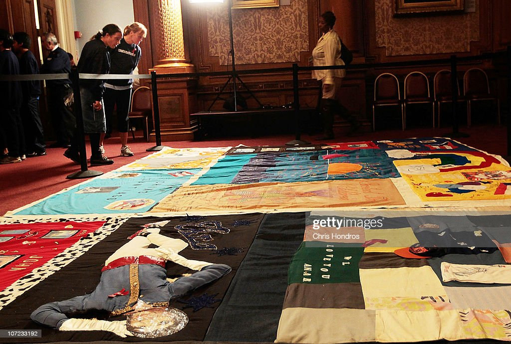 AIDS Memorial Quilt On Display In Brooklyn For World AIDS Day ... : world aids day quilt - Adamdwight.com