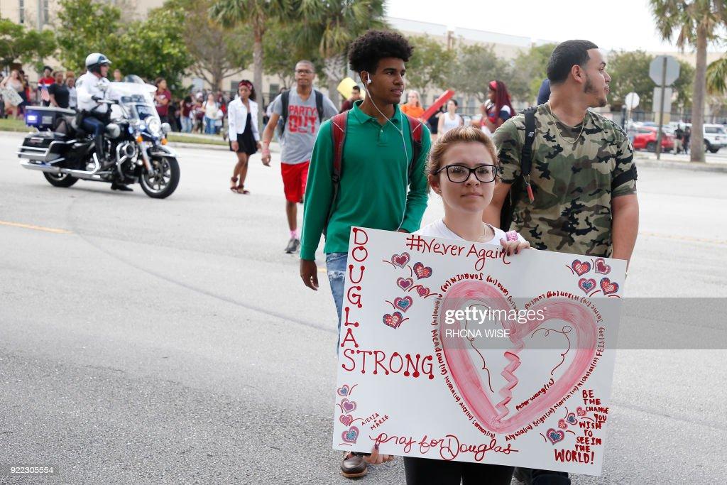 US-CRIME-SHOOTING-PROTESTS : News Photo
