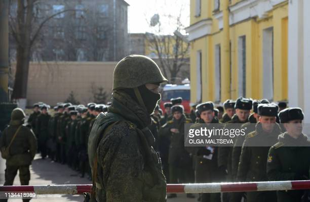 Students of the Mozhaisky military academy evacuate following an unidentified explosion in Saint Petersburg on April 2 2019 A blast caused by an...