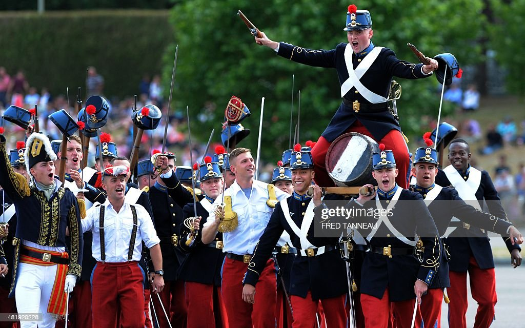 FRANCE-MILITARY-DEFENCE-SCHOOL : News Photo