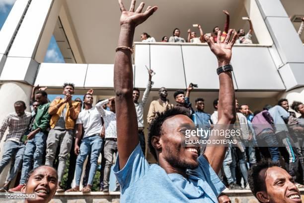 TOPSHOT Students of University of Gondar react during the visit of Eritrea's President Isaias Afwerki Somalia's President and Mohamed Abdullahi...