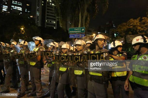 Students protest against education cuts by the federal government of President Jair Bolsonaro on Avenida Paulista central region of the city of São...