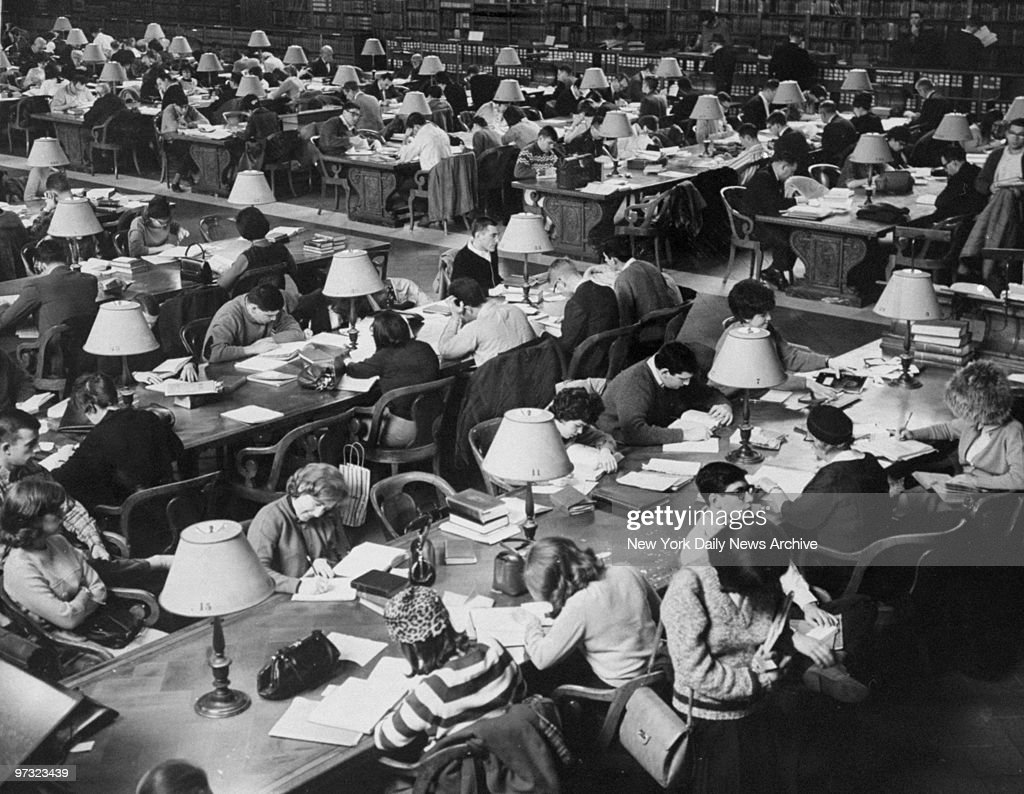 Students using the Main Reading Room at the New York Public  : News Photo