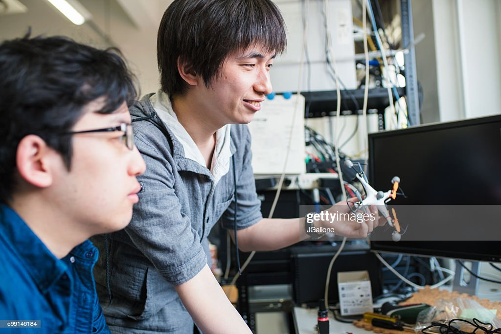 Students working on their drone design : Stock Photo