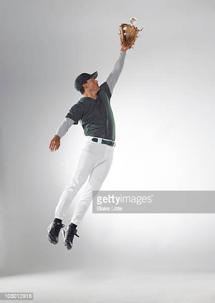 studio baseball player - つかまえる ストックフォトと画像
