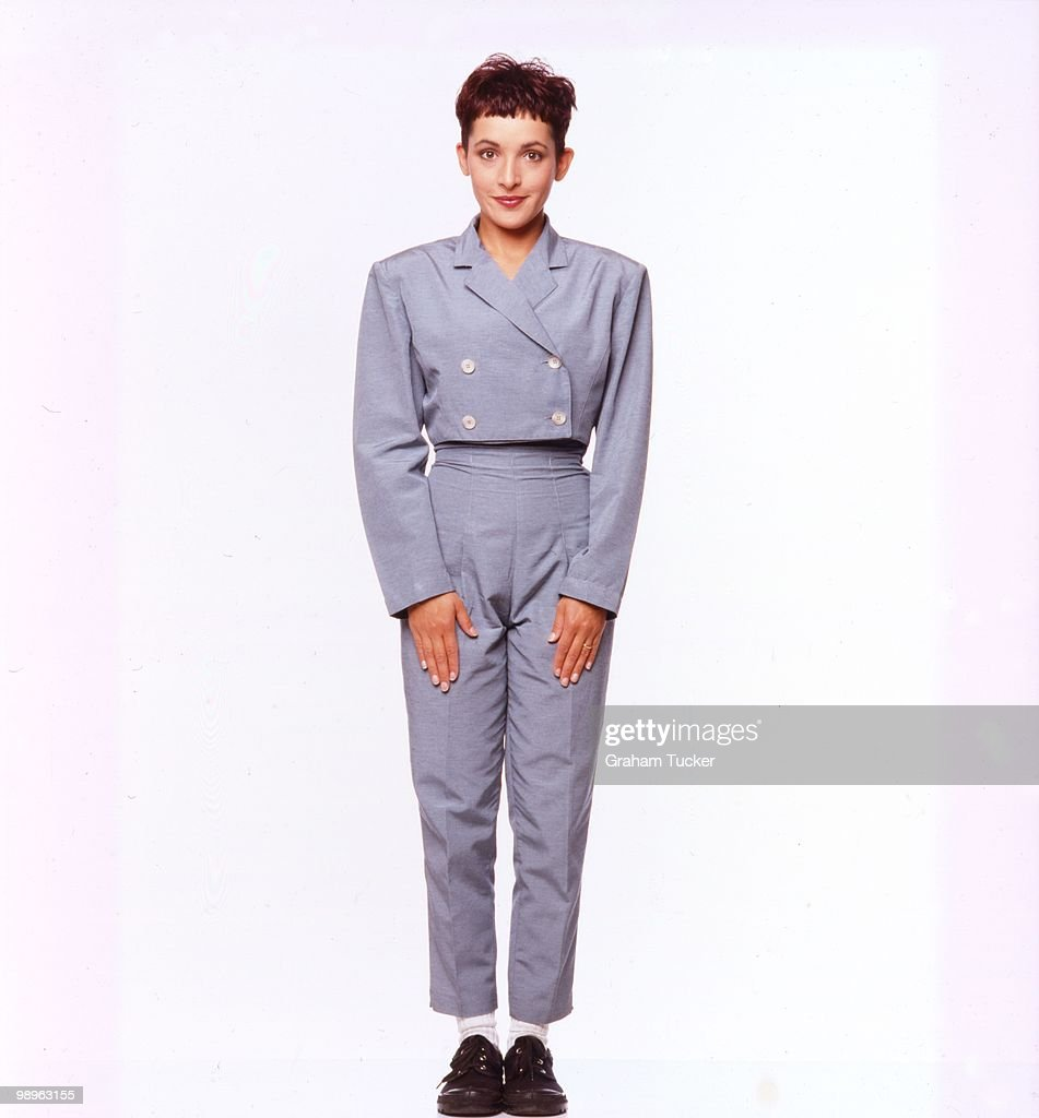studio-full-length-portrait-of-jane-wiedlin-in-london-in-1988-picture-id98963155