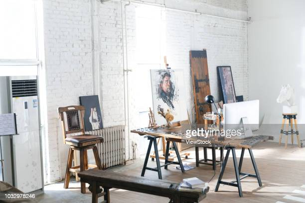 studio - art studio stock pictures, royalty-free photos & images