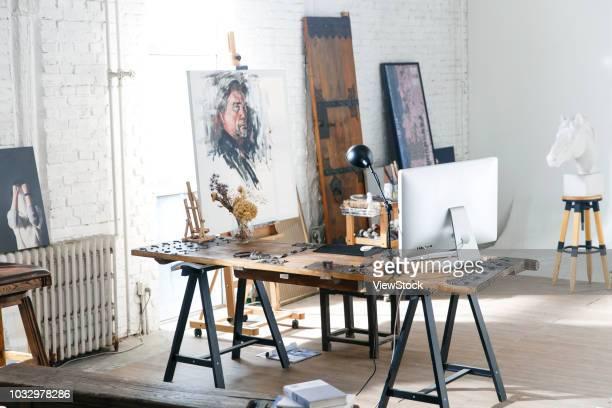 studio - künstleratelier stock-fotos und bilder