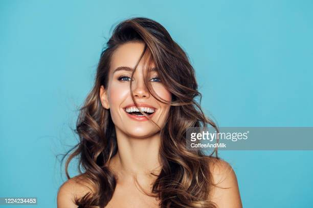 studio portrait of a beautiful girl - beautiful woman stock pictures, royalty-free photos & images