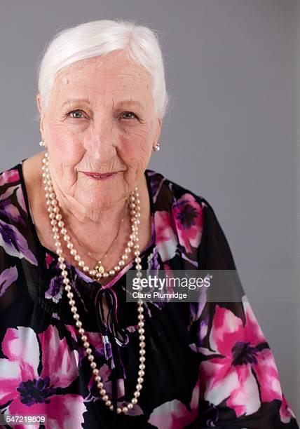 studio portrait of a ninety year old woman - ウェスト・バークシャー ストックフォトと画像