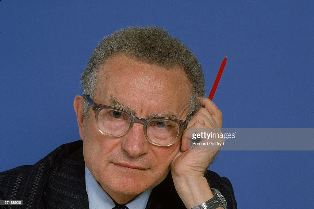 paul samuelson s secret A response to professor paul a samuelson's objections to kelly capital growth investing william t ziemba src discussion paper no 52 january 2016 frazzani, kabiller and petersen (2012), berkshire has a higher sharpe ratio than any us stock or mutual fund with a history of more than 30 years the secret to 20.