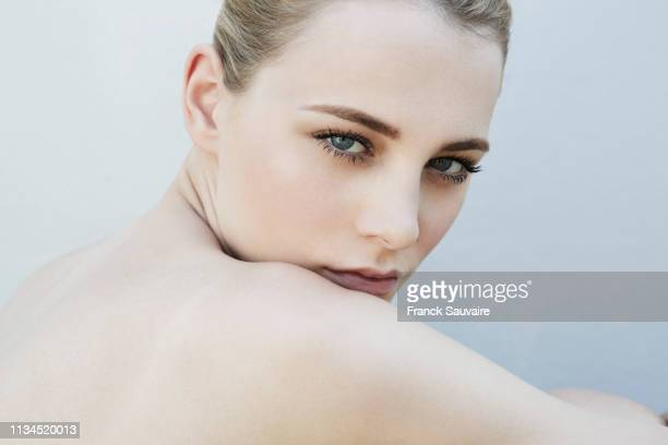 studio portrait of beautiful serene young woman - beautiful bare women stock pictures, royalty-free photos & images